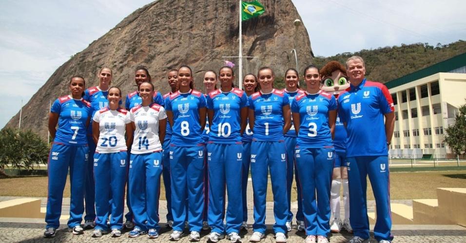 Equipe da Unilever se apresenta para a temporada 2012/2013 do vôlei brasileiro
