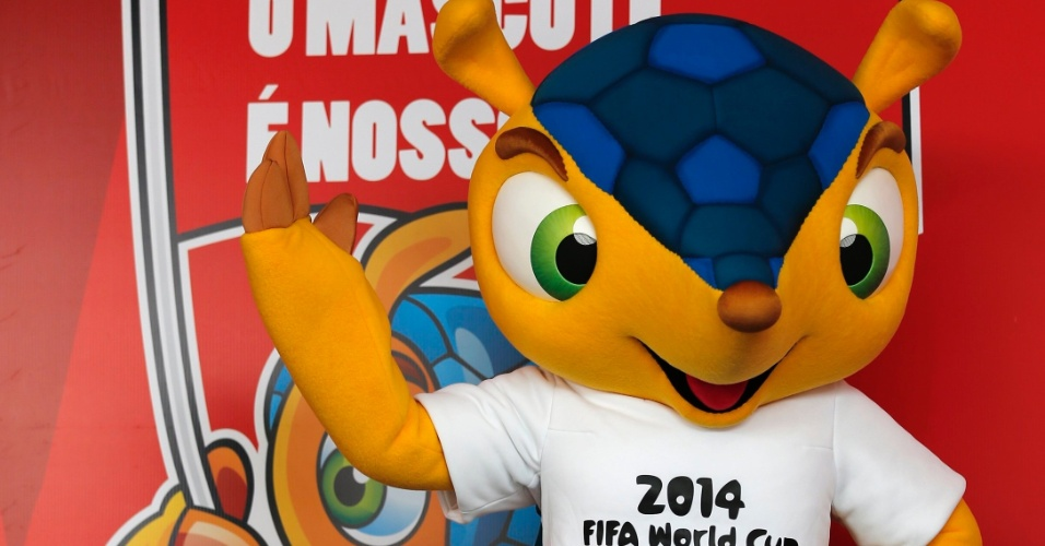 Mascote da Copa do Mundo 2014, tatu-bola é apresentado ao público no Rio de Janeiro