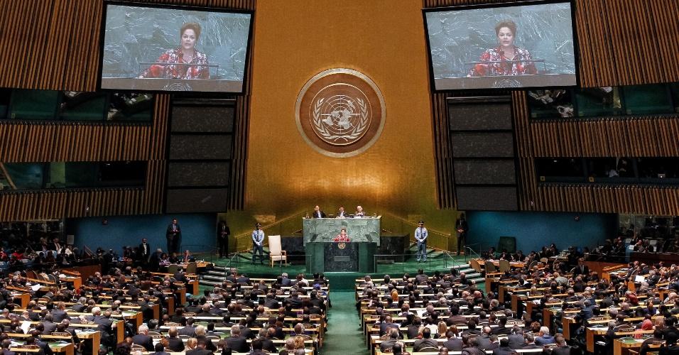 25.set.2012 - A presidente Dilma Rousseff discursa na abertura da 67ª Assembleia Geral da ONU, que reúne líderes dos principais países do mundo, em Nova York (EUA)