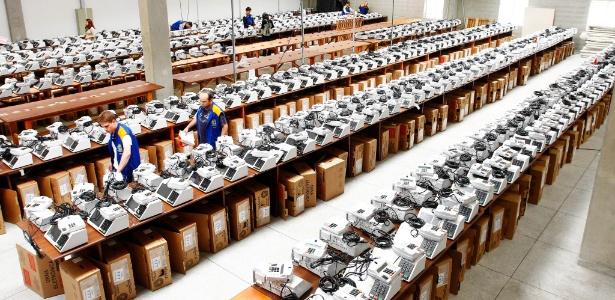 Mais de 138 milhões de brasileiros irão votar nas 501 mil urnas eletrônicas espalhadas pelo país