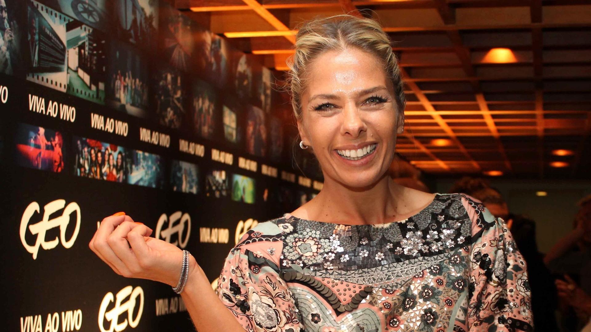 Adriane Galisteu na festa de lançamento da Geo Eventos na Casa Fasano, em São Paulo (24/9/12)