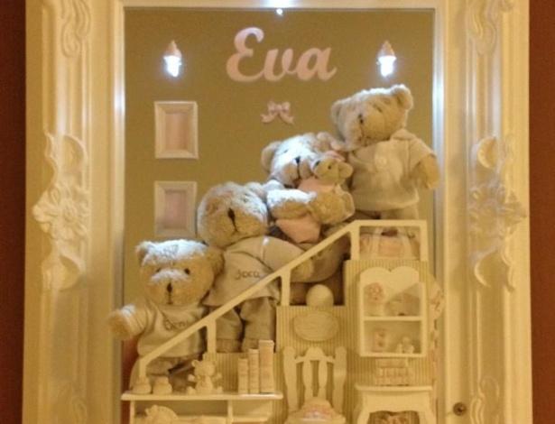 Detalhe do enfeite da porta do quarto no qual Angélica está internada na maternidade (25/9/12). Ela deu á luz Eva, primeira filha dela e de Luciano Huck