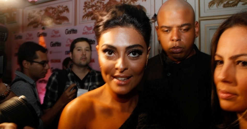 Juliana Paes na festa dos 