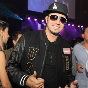 O cantor Latino na festa de lançamento da Geo Eventos na Casa Fasano, em São Paulo (24/9/12)