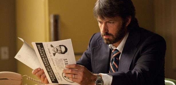 """Dirigido por Ben Affleck, """"Argo"""" traz um especialista da CIA que executa um perigoso plano durante a revolução iraniana para salvar seis americanos que tomaram refúgio na casa do embaixador canadense"""