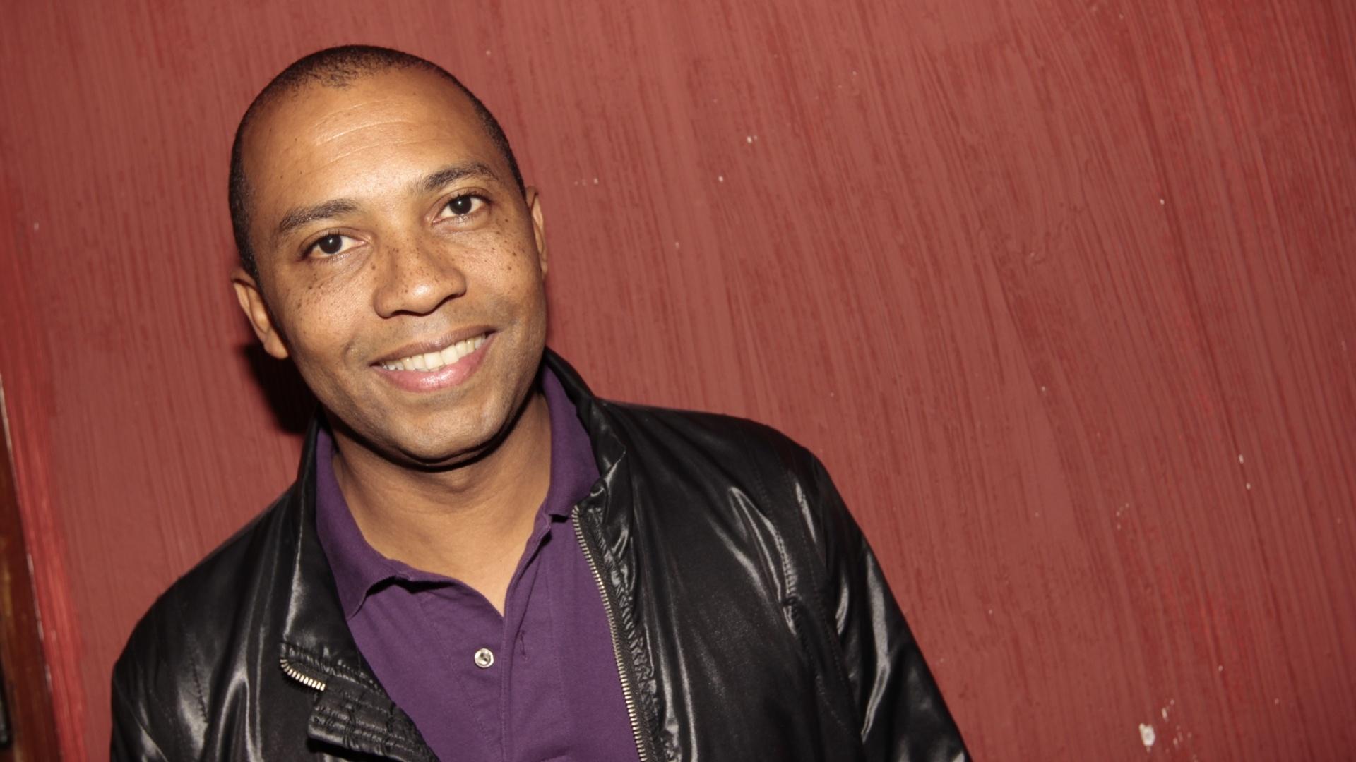O cantor Salgadinho no evento da Gaviões da Fiel em São Paulo (25/9/12)