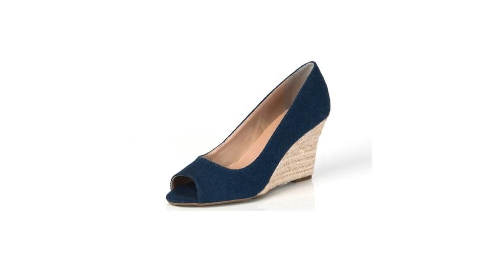 Sapato peep toe de salto anabela com corda; R$ 99,90, na Olook (www.olook.com.br). Preço pesquisado em setembro de 2012 e sujeito a alterações