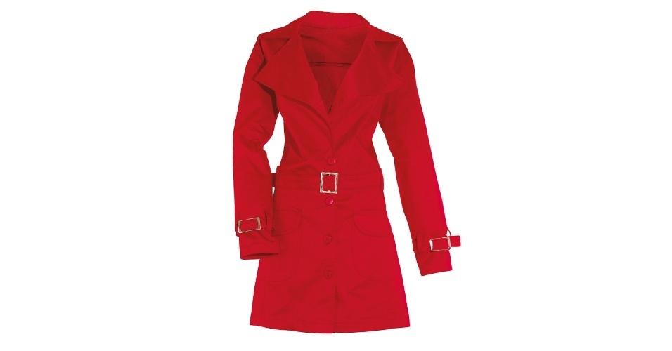 Trench coat vermelho; R$ 119,99, na Quintess (Tel.: 47 3331-6666). Preço pesquisado em setembro de 2012 e sujeito a alterações