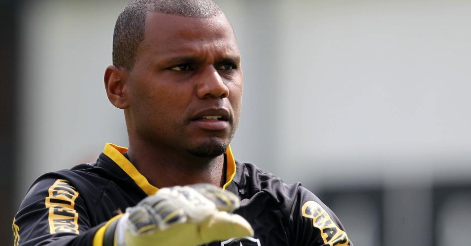 O goleiro Jefferson, do Botafogo, durante treino realizado no CT General Severiano