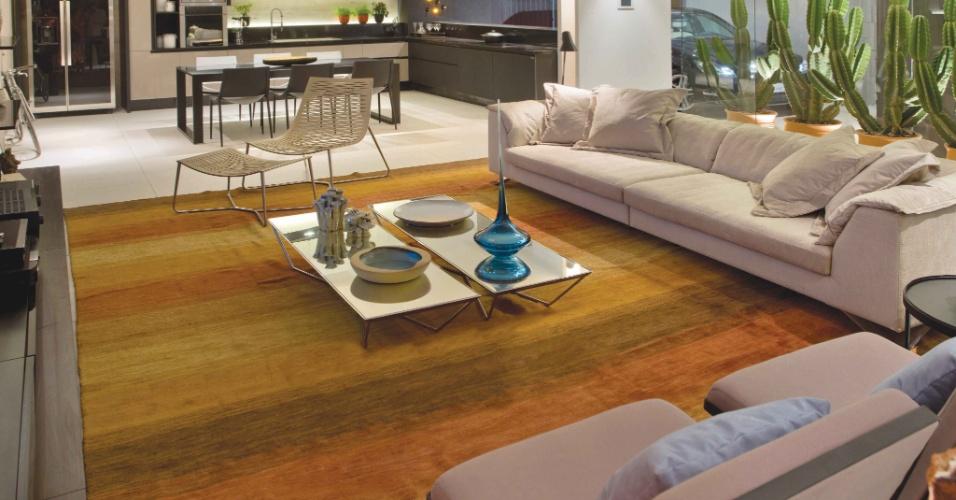 O Loft Garagem foi criado pelos arquitetos Otto Brill e Rebeca Maaldi. Com 145 m², o espaço conta com uma ampla sala de estar, ladeada por um jardim de cactos. A Casa Cor Brasília fica aberta ao público de 29 de setembro a 06 de novembro de 2012