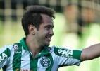 coritiba irredutível: Santos oferece Bill para abater preço de Everton Ribeiro
