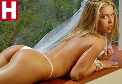 Modelo Daniela Aranguiz Mulher De Valdivia Posa Em Ensaio Sensual