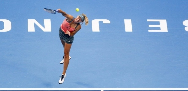 Russa Maria Sharapova durante sua vitria sobre a romena Simona Halep por 2 sets 0, com duplo 7-5, no WTA de Pequim