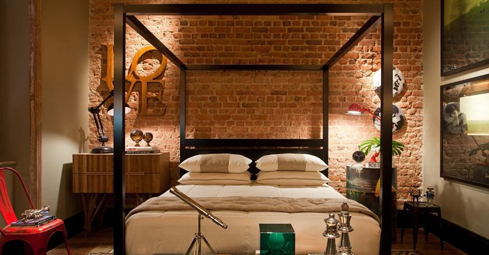 Apartamento do Carioca, assinado por Alexandre Lobo e Fábio Cardoso: no quarto, a cama com dossel e os tapetes kilim são destaques. A Casa Cor RJ vai de 03 de outubro a 19 de novembro de 2012, no Rio de Janeiro