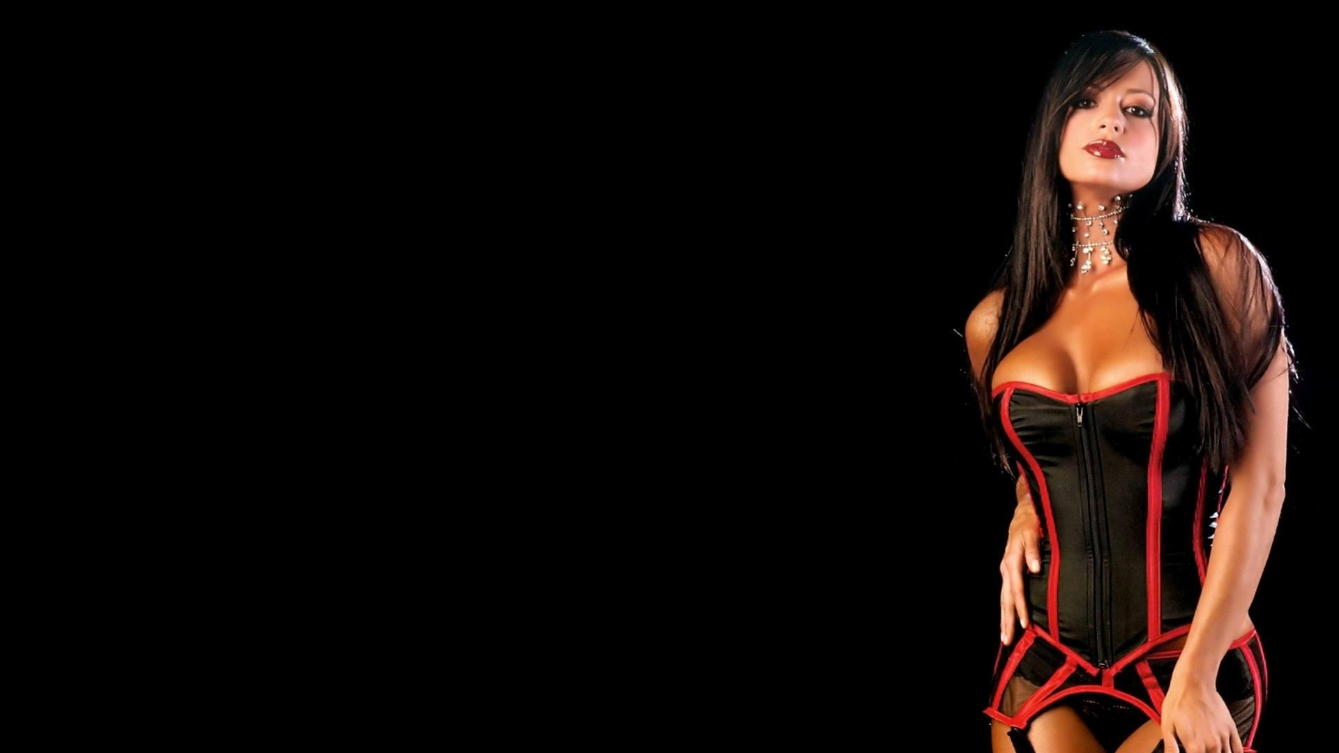 Candice Michelle j fez diversos ensaios sensuais
