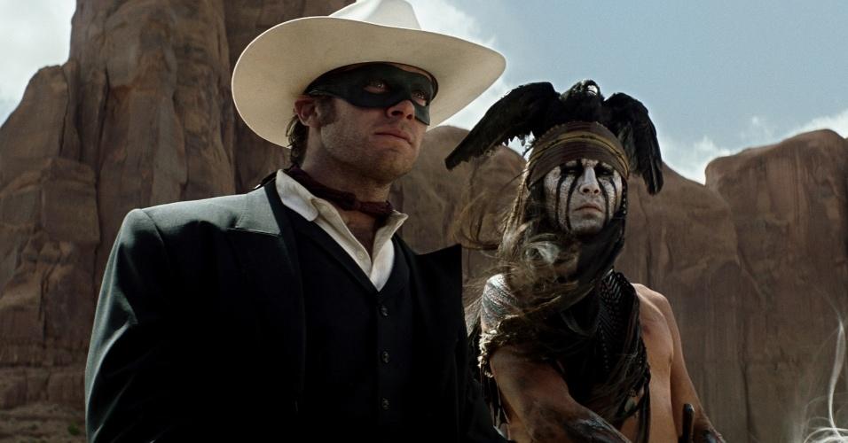 """Johnny Depp encarna índio em """"O Cavaleiro Solitário"""", novo filme de Gore VerbinskI"""