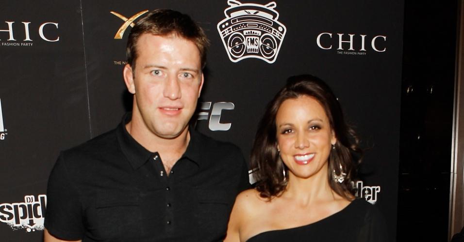 Stephan Bonnar e sua mulher, Andrea, durante evento nos EUA