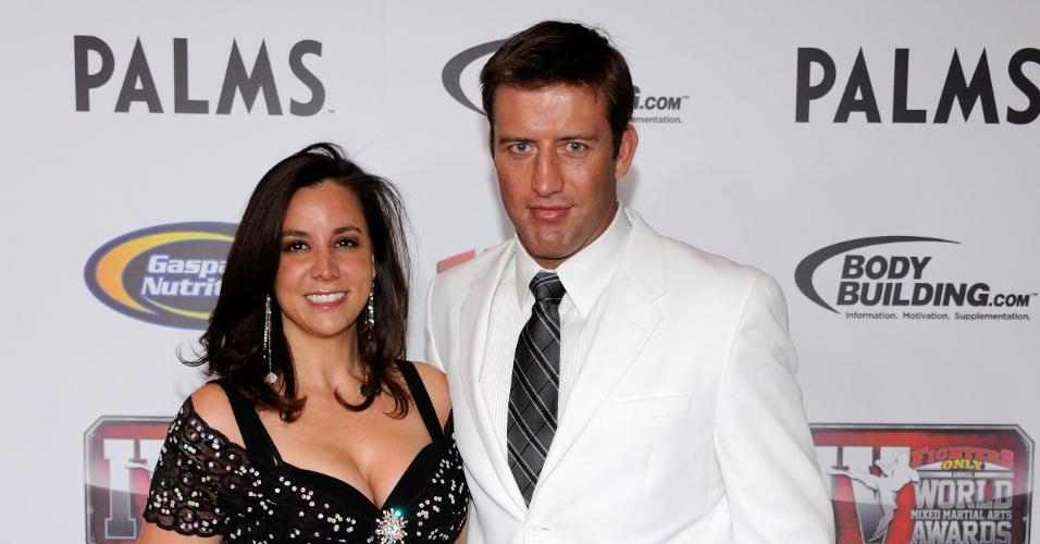 Stephan Bonnar e sua mulher, Andrea, durante premiação de MMA