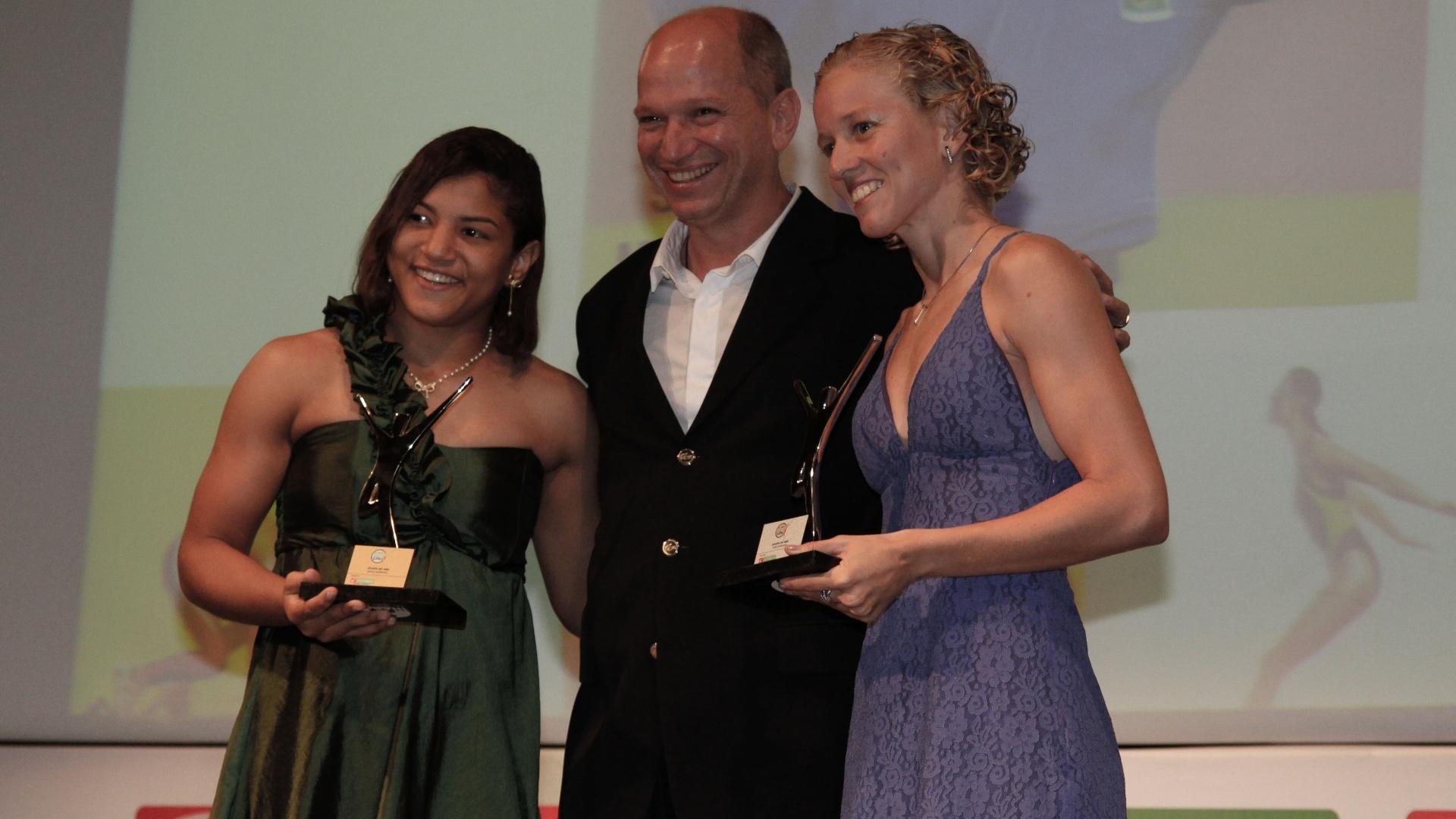 A judoca Sarah Menezes (e.) e a pentatleta Yane Marques são homenageadas na terceira edição do Prêmio Sport Life