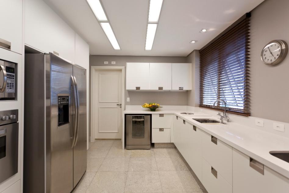 Cozinha Ganhou Piso Resistente De Granito Branco Polar  Pedra