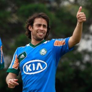 : Valdivia se justifica, diz que treinou no Chile e volta segunda ao Palmeiras