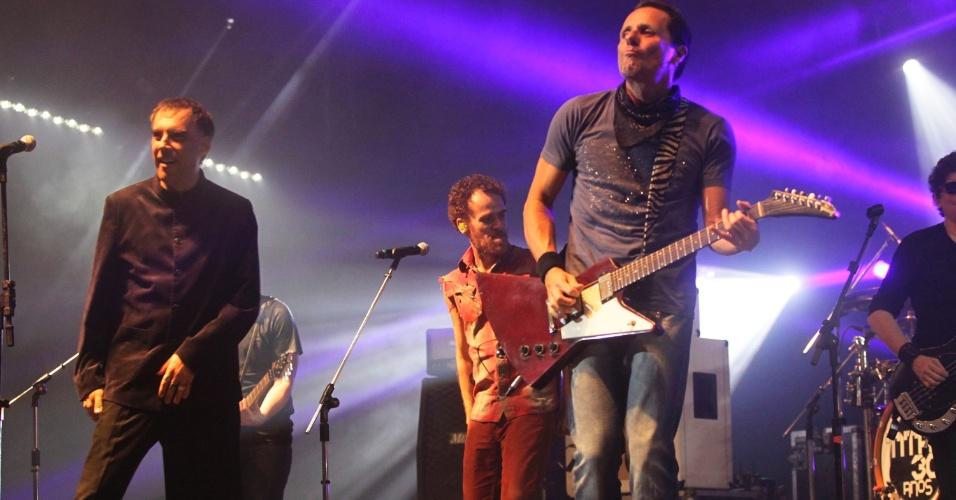 Arnaldo Antunes, Nando Reis e Tony Bellotto em show do Titãs em São Paulo. (6/10/2012)