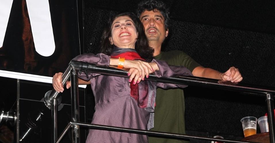 Atriz Ângela Dipp acompanha com o marido o show do Titãs em São Paulo. (6/10/2012)