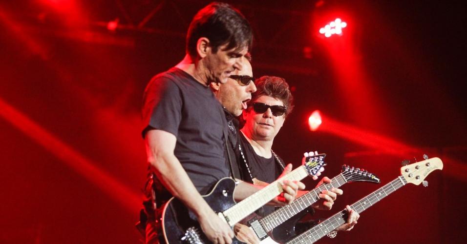 Branco Mello, Tony Bellotto e Paulo Miklos em show do Titãs em São Paulo. (6/10/2012)