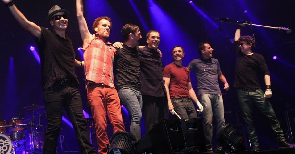 Formação original do Titãs em show que comemora os 30 anos da banda. (6/10/2012)