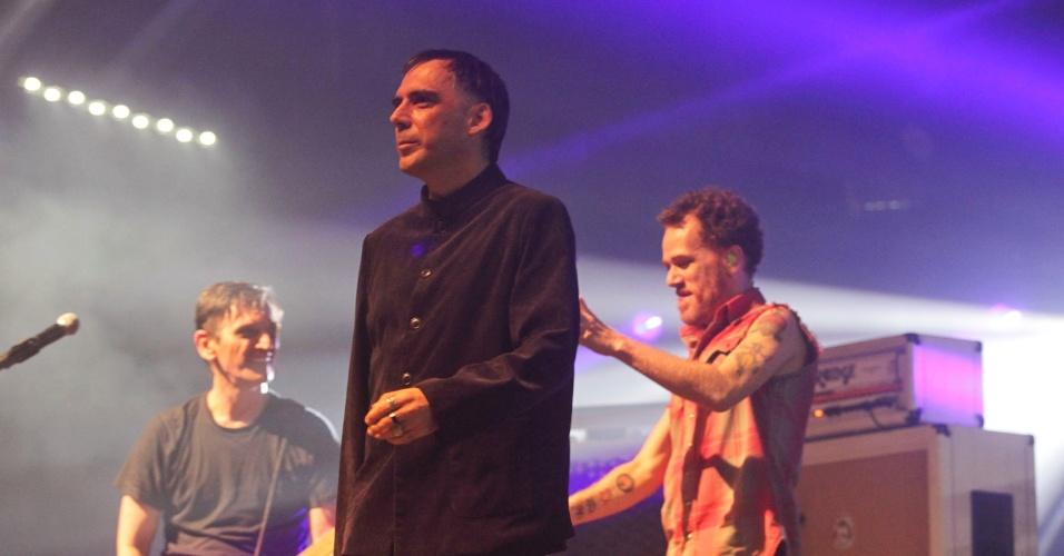 Paulo Miklos, Arnaldo Antunes e Nando Reis em show do Titãs em São Paulo. (6/10/2012)