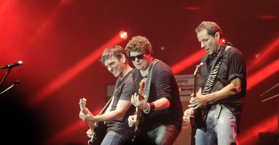 Paulo Miklos, Branco Mello e Tony Bellotto em show do Titãs em São Paulo. (6/10/2012)