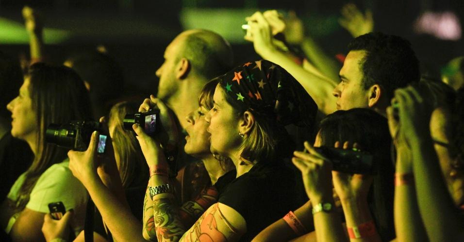 Público assiste show do Titãs, que reuniu a formação original da banda. (6/10/2012)