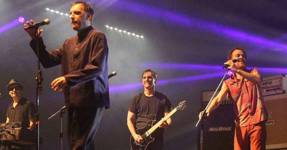 Sergio Britto, Paulo Miklos, Arnaldo Antunes e Nando Reis em show do Titãs em São Paulo. (6/10/2012)