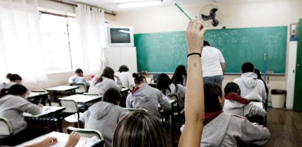 Todos Pela Educação vê currículo inchado e problemas no ensino fundamental como causas do resultado