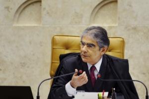 Presidente do Supremo Tribunal Federal (STF), ministro Carlos Ayres Britto, votou por condenar réus da cúpula petista