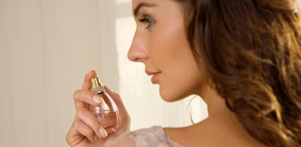A escolha do perfume é uma das formas de expressão de personalidade da mulher
