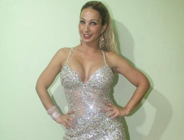 Valesca Popozuda foi convidada para abrir o show do Belo na casa noturna I9 Music, em São Gonçalo, no Rio de Janeiro (8/10/12)