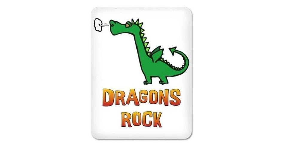 Capa com estampa de dragão por U$ 39,5 (cerca de R$ 80) na loja Cafe Press