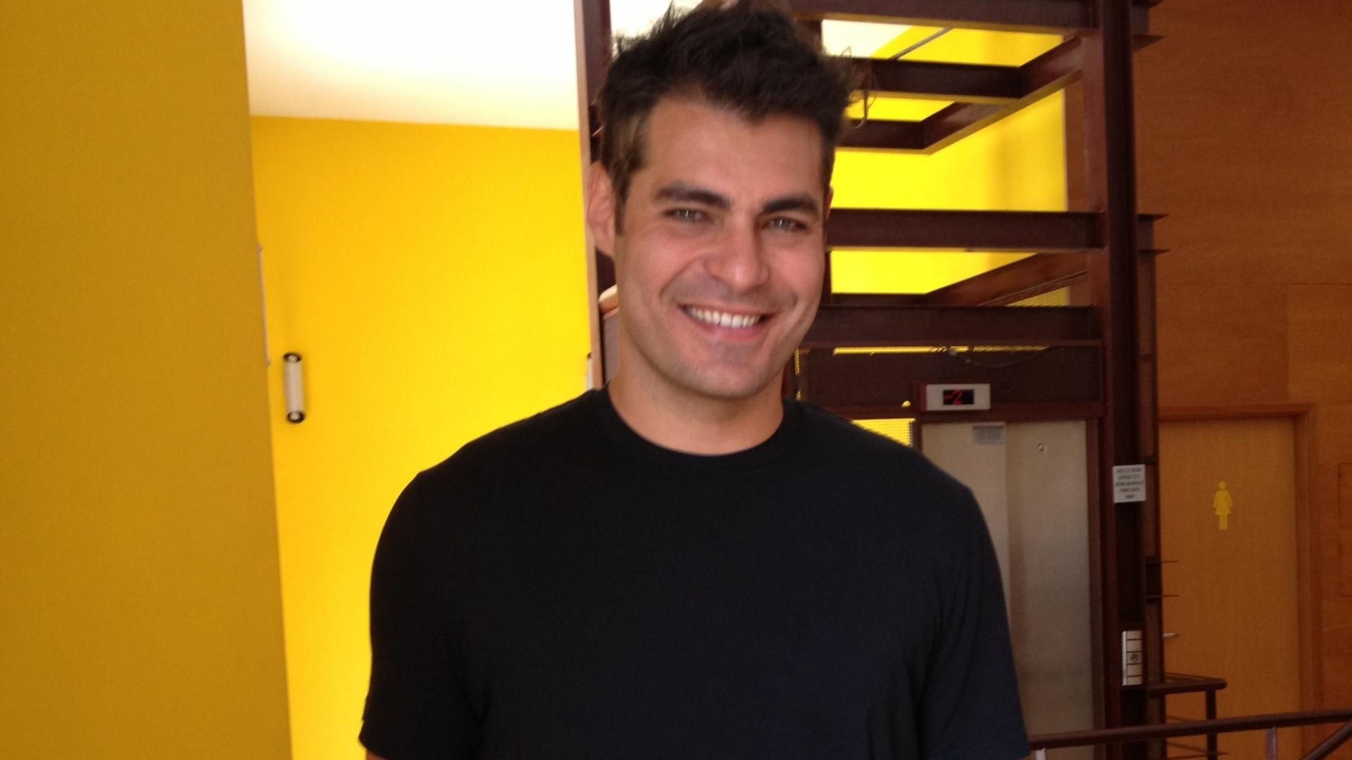 O ator Thiago Lacerda minutos antes de coletiva nesta quarta (10/10/12) sobre a montagem da peça