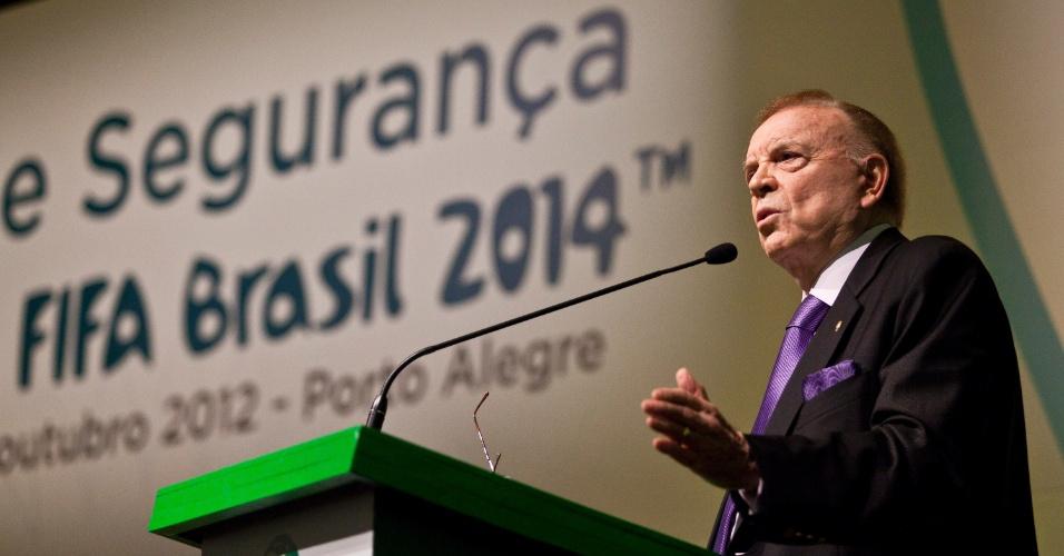 Presidente da CBF, José Maria Marin, no Seminário Geral de Segurança para a Copa do Mundo Fifa 2014 em Porto Alegre (10/10/2012)