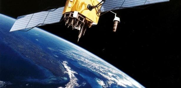 Concepção artística do satélite GPS Block II F, última geração dos satélites para sistema de localização, dos quais dois estão em órbita desde 2010 e se pretende lançar mais 10