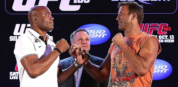 Anderson Silva e Stephan Bonnar se encaram na coletiva do UFC Rio
