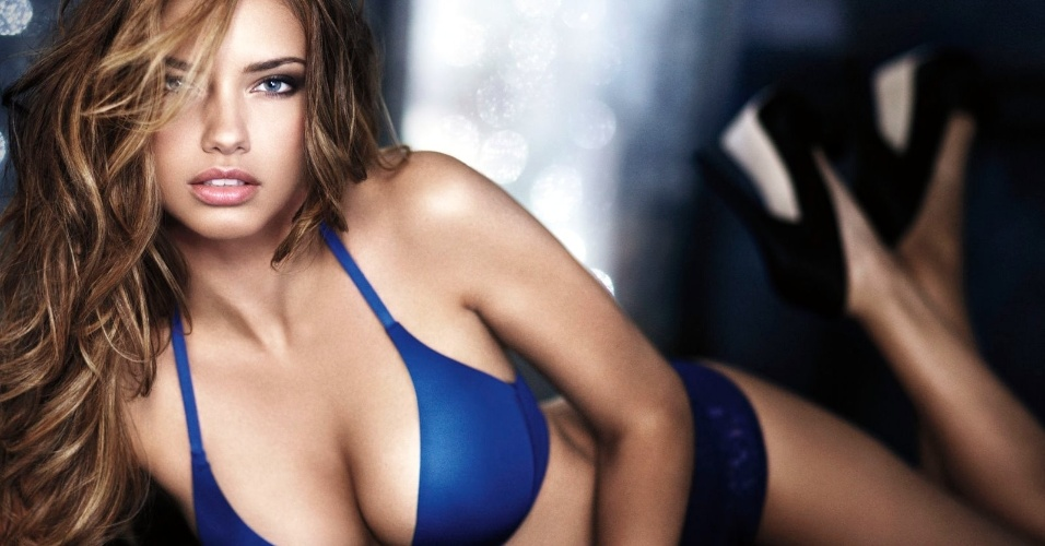 Adriana Lima, uma das mais belas top models brasileiras, era casada com o jogador sérvio do Chicago Bulls Marko Jaric. O relacionamento chegou ao fim em maio de 2014