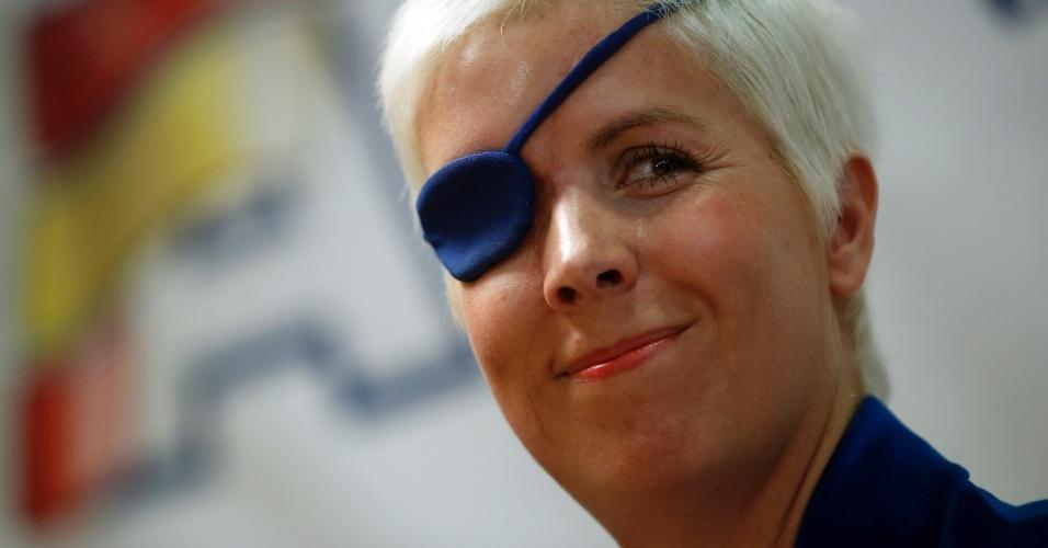 11.out.2012 - Maria de Villota concede sua primeira entrevista coletiva após acidente; a ex-piloto se acidentou gravemente em julho de 2012 durante um teste de Fórmula 1 com a equipe Marussia. A espanhola perdeu um olho, mas se recuperou. Pouco mais de um ano depois, porém, em 11 de outubro de 2013, ela morreu vítima de decorrências neurológicas daquele acidente