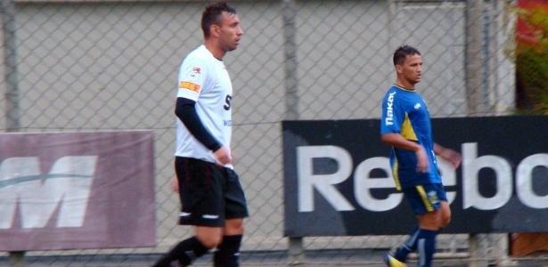 Cañete participou de jogo treino do São Paulo contra o Santo André na última quinta