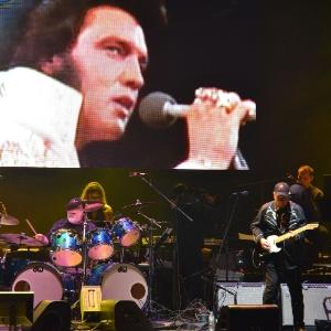 Show Exposi Sobre Elvis Voltam Brasil