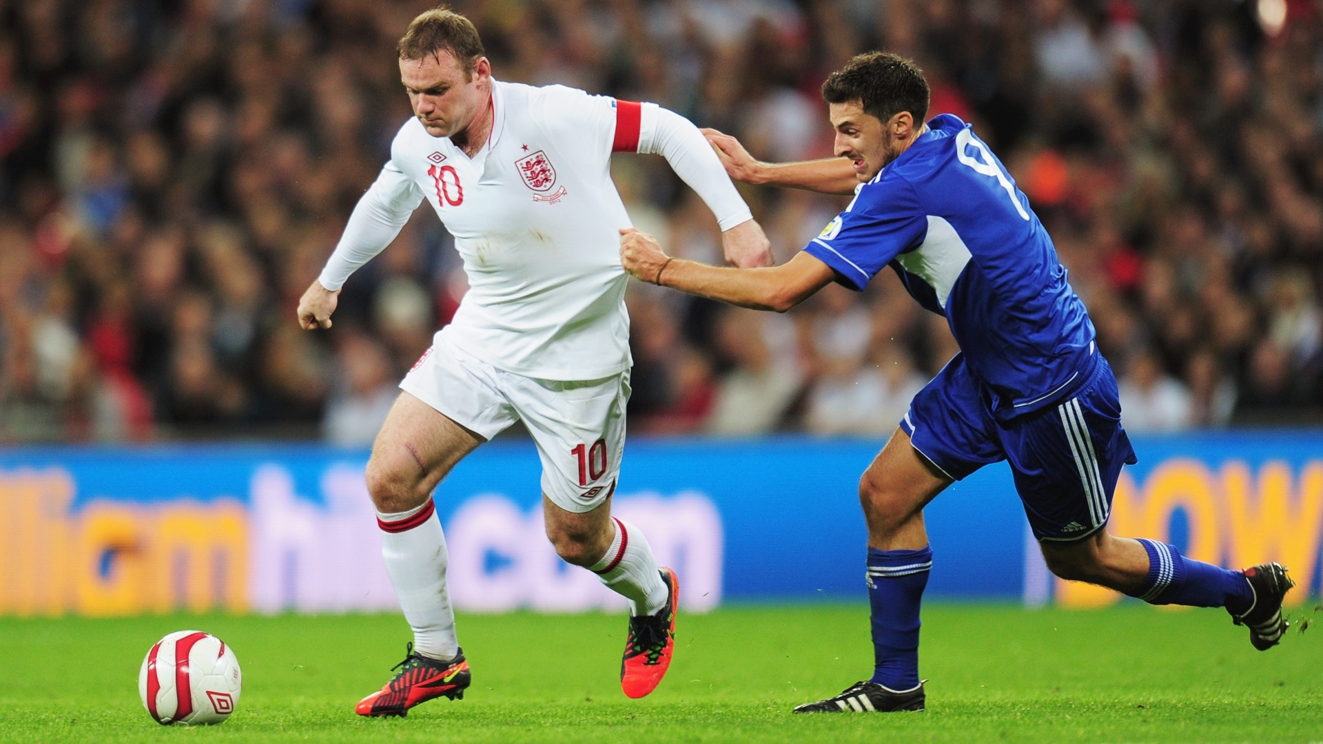 Wayne Rooney em ao durante a goleada por 5 a 0 da Inglaterra sobre San Marino, pelas eliminatrias europeias para a Copa 2014