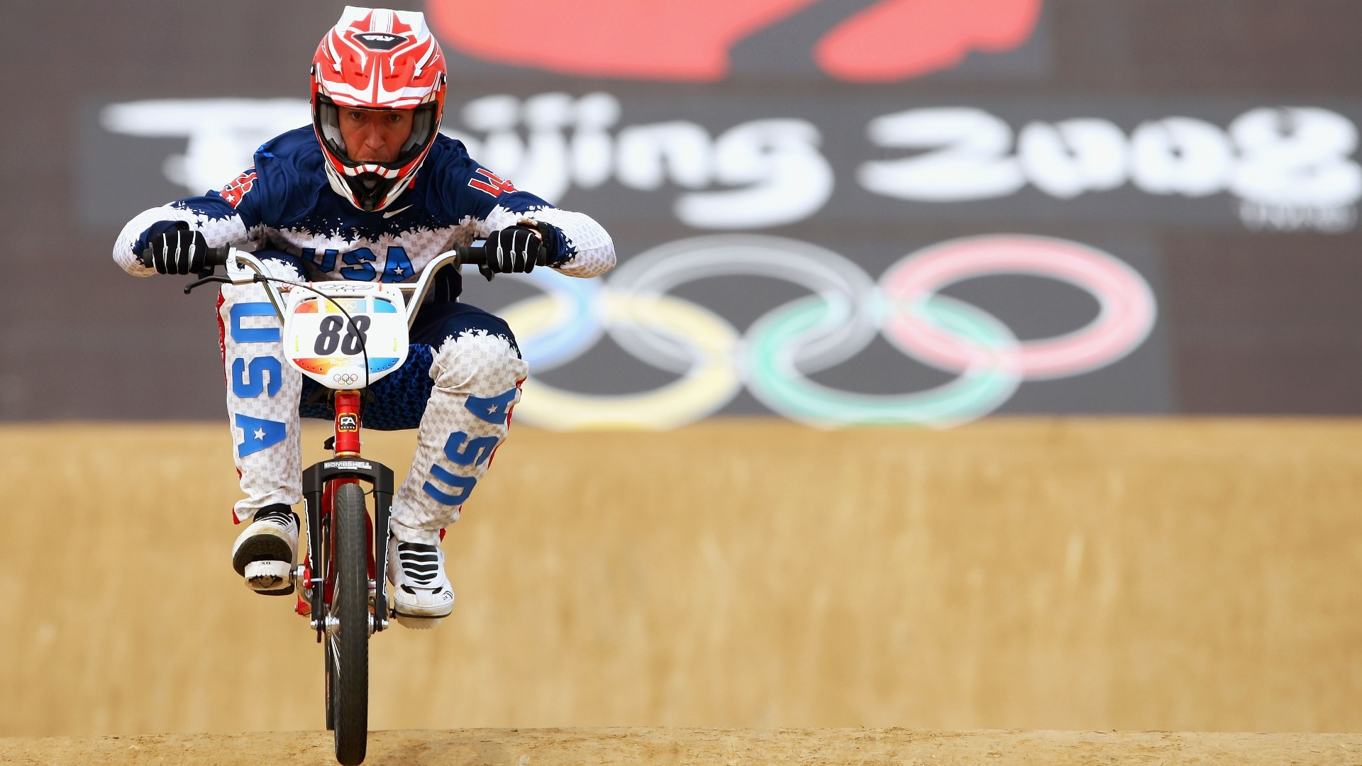Kyle Bennett participa da Olimpada de Pequim-2008. Grande nome do BMX, o norte-americano morreu em 14/10/2012, aos 33 anos, aps se envolver em acidente de trnsito