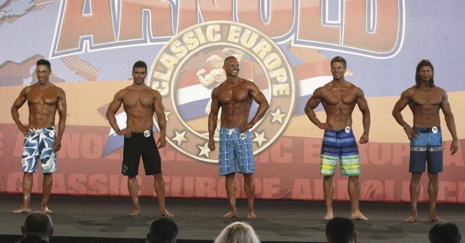 """Fisiculturistas exibem corpos na 2ª edição do torneio """"Arnold Classic"""", em Madri"""