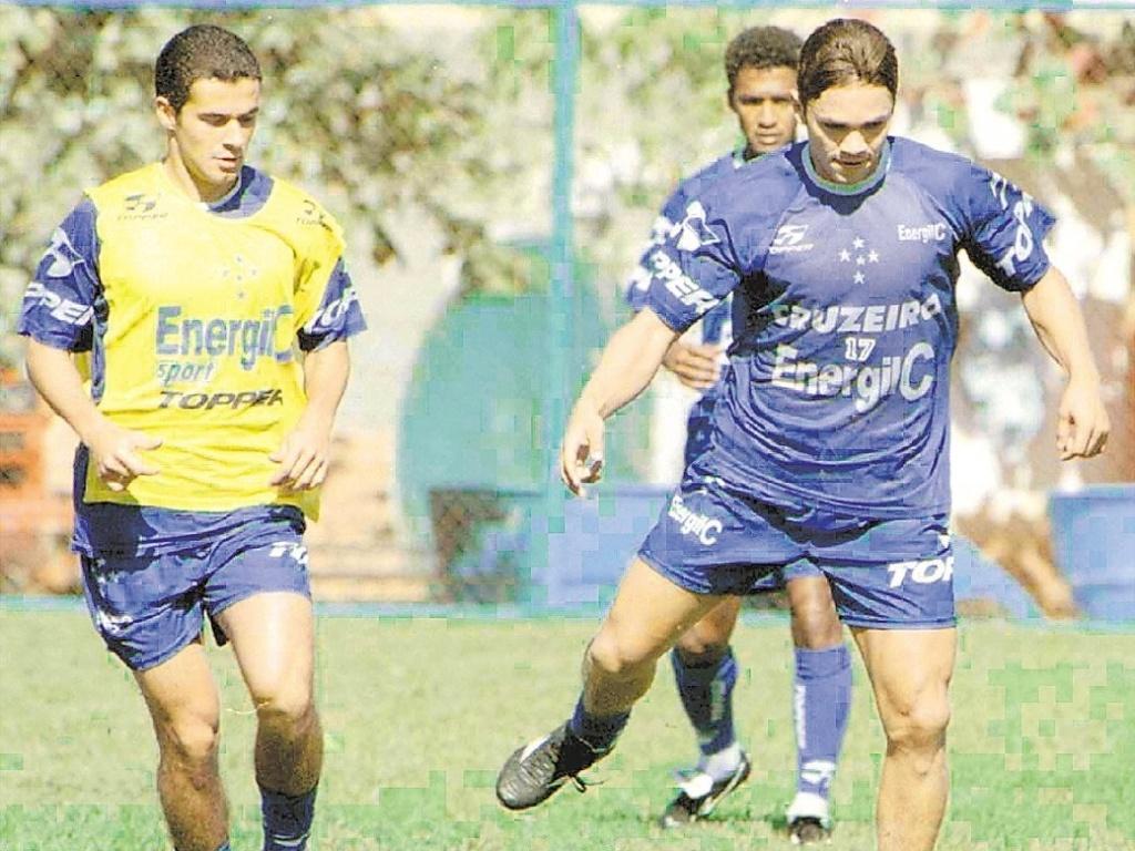 Alex Alves, ex-atacante que hoje sofre de leucemia, durante sua passagem pelo Cruzeiro